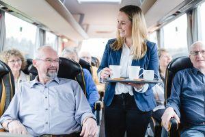 First-Class-Bus - Bordservice