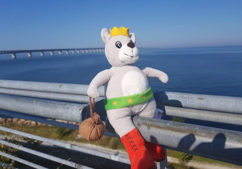 Gustl vor der Oeresundbrücke Schweden