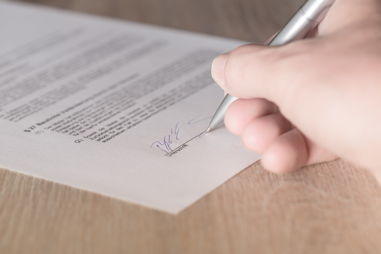 Vertrag unterzeichnen Sicherheit