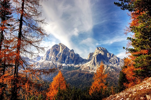 Italien: Dolomiten im Herbst